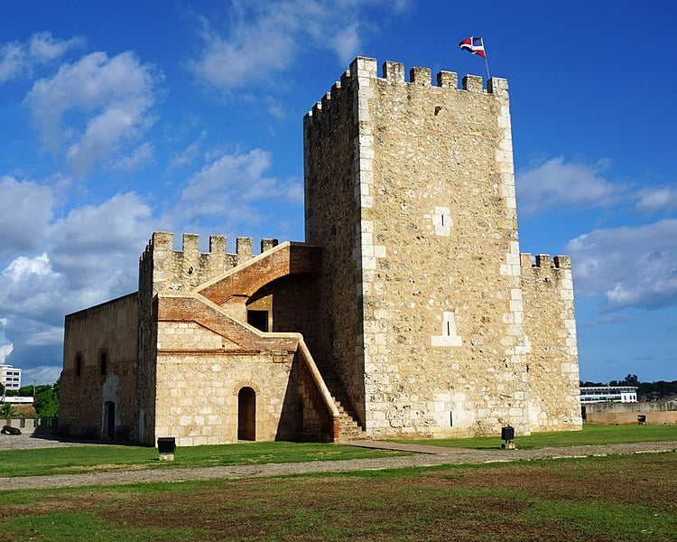 The Ozama Fortress, Colonial city