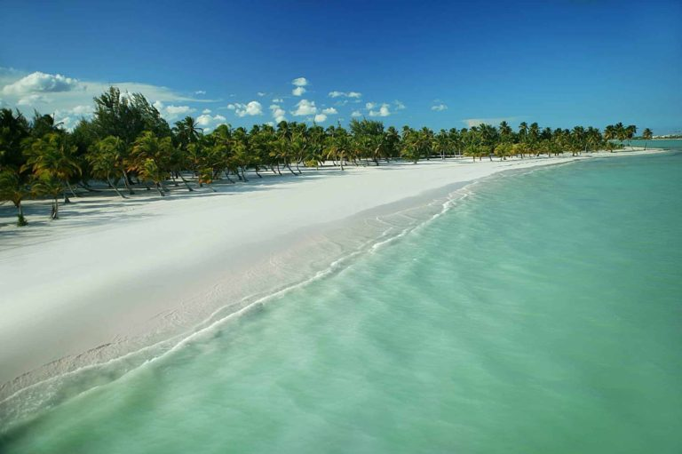 How Calm or Wavy Are The Beaches In Punta Cana?